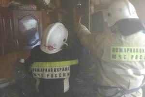 В Севске тушили пожар в частном жилом доме