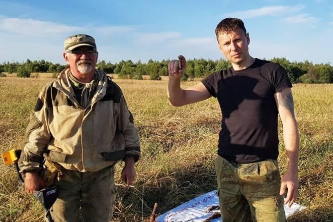 Брянские поисковики разыскивают родных воина Красной Армии Игоря Данилова
