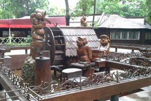 В брянском парке Толстого кафе «Сказка» стало рестобаром «Джунгли»