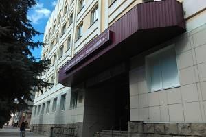 В Брянской городской поликлинике №4 выстроились адские очереди