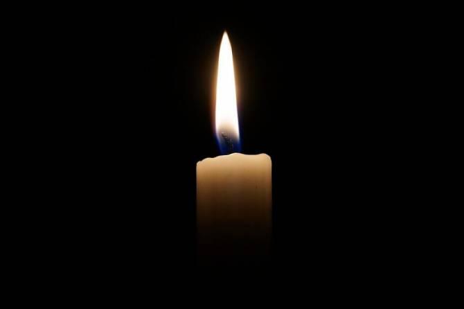 В Брянске на улице скончался бывший директор школы №1 Владимир Фетисов