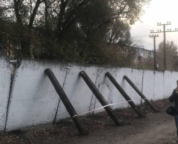 На вокзале «Брянск-I» нависла угроза из-за бетонного забора