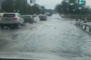Брянск затопило после очередного сильного ливня