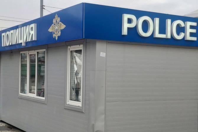 В брянском поезде 20-летняя девушка украла у пассажирки мобильник