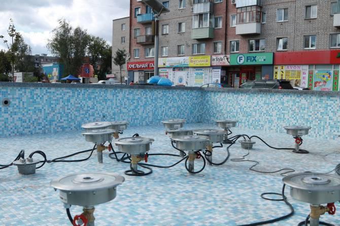 В Брянске в сквере «Литий» готовят к запуску новый фонтан