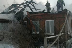 В брянском поселке Большое Полпино сгорел жилой дом