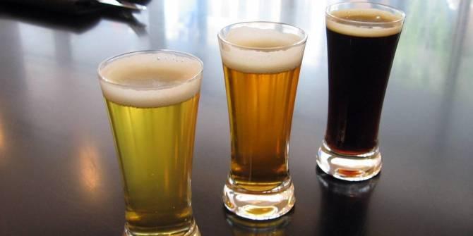 Брянского предпринимателя наказали за рекламу пива