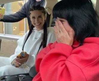 Брянская звезда шоу «Дом-2» Ирина Пинчук подарила маме Lexus