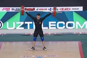 Брянский штангист взял серебро на Первенстве мира среди юниоров