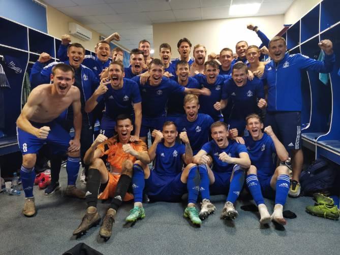 Брянские динамовцы поделились позитивным фото после победы