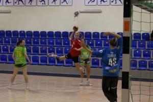 Гандболистки сельцовского «Сокола» стартовали в чемпионате России с двух побед