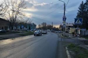В Брянске водитель Kia Sportage сбил на «зебре» женщину
