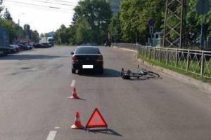 В Брянске водитель легковушки покалечил пенсионера-велосипедиста