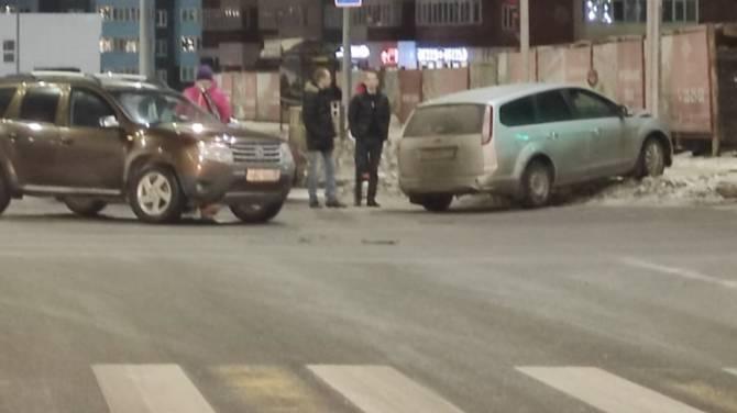 В Брянске появился новый аварийный перекресток
