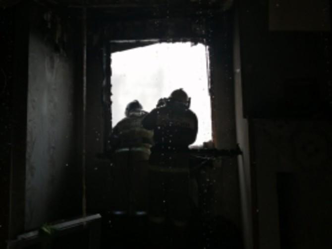 Под Брянском сгорел двухэтажный жилой дом