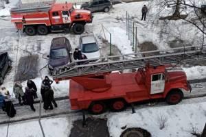 В Трубчевске загорелась квартира: эвакуировали 11 человек