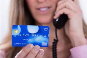 В Клинцовском районе женщина за потерянный телефон заплатила 5 тысяч рублей