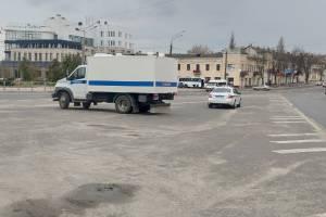 На набережной Брянска вечером 21 апреля появились автозаки
