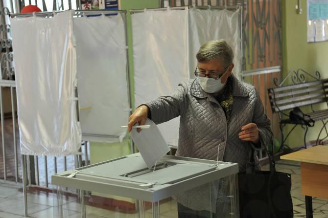 На избирательных участках Брянщины работают 9 тысяч наблюдателей
