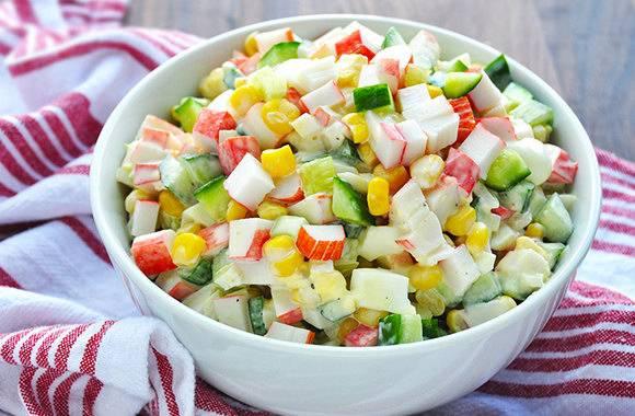Во сколько брянцам обойдется «Крабовый» салат для новогоднего стола