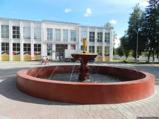 В Жуковке пообещали отремонтировать подъезды и обустроить дворы