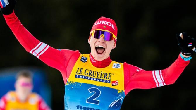 Брянский лыжник Большунов выиграл серебро гонки в Эстерсунде