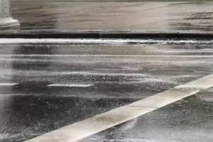 Брянцев испугала белая пена на дорогах после дождя