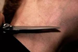 В Новозыбкове пенсионер напал с ножом на дачника