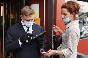 «Пупок развяжется»: брянцы выступили против введения QR-кодов