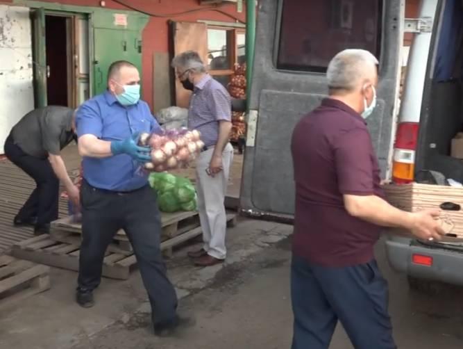 В Брянске овощебаза на улице Щукина собрала помощь для детей-инвалидов
