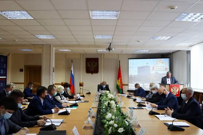 В Брянске подготовка школ и детсадов к зиме обошлась в 12 млн рублей