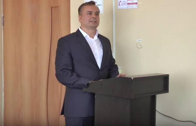 под фото дима владимир депутат в брянске прически доставляют неудобств