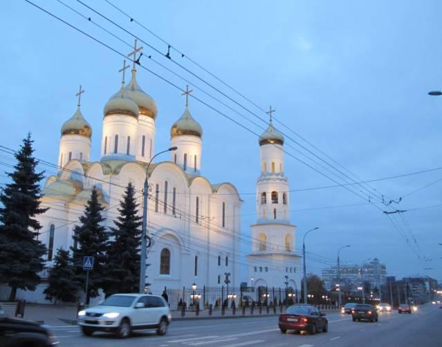 В Брянске объявили о наборе волонтеров для раздачи крещенской воды