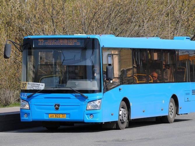 С начала года в Брянске автобусы перевезли 12,4 миллиона пассажиров