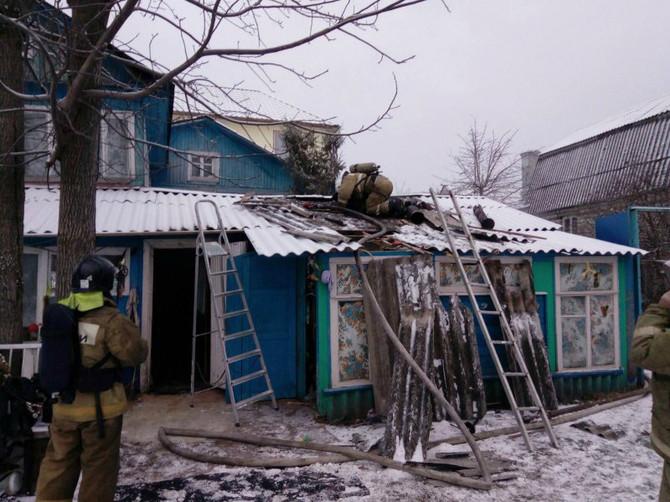 В брянском поселке Большое Полпино горела частная баня