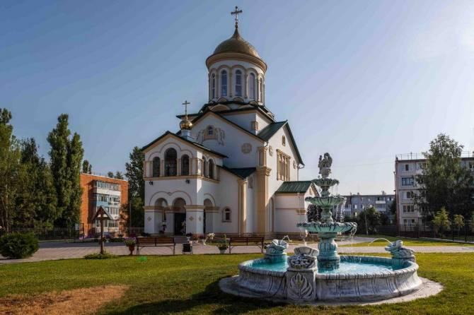 Брянский храм в городе Дятьково престольный праздник отметил концертом