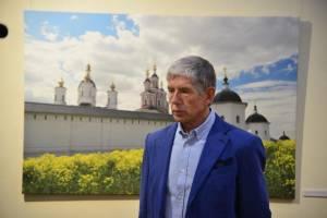 В Брянске открылась выставка Костаса Асимиса