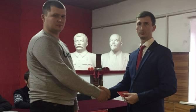 Брянский комсомолец Демьяненко оправдался за долг в 800 тысяч
