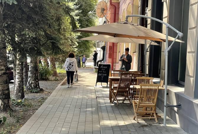 В Брянске работу кафе и ресторанов ограничат до 23.00