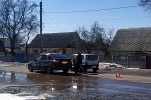 В брянском посёлке Локоть маленькая Ока попала в ДТП