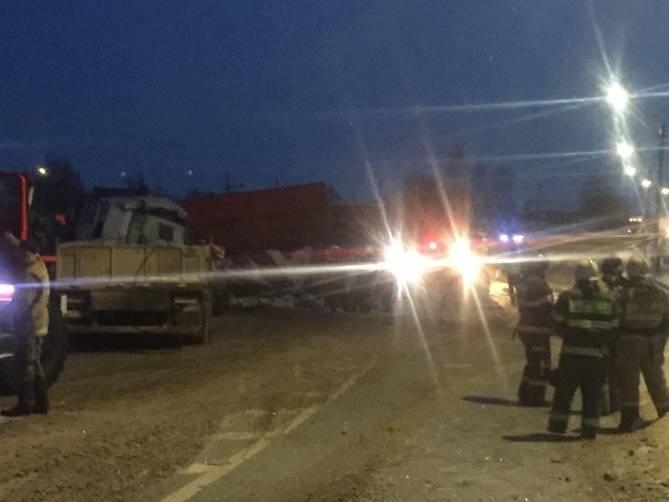 На брянской трассе под Выгоничами произошло страшное ДТП с фурами