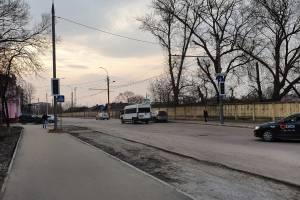 В Брянске у переезда с Ульянова на Почтовую повесили светофор