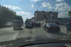 В Брянске из-за ДТП в пробке встал проспект Станке Димитрова