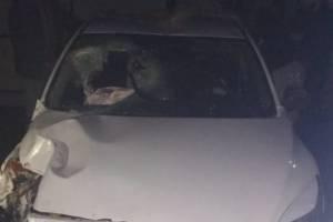 Под Клинцами легковушка пробила забор: 21-летний пассажир сломал череп