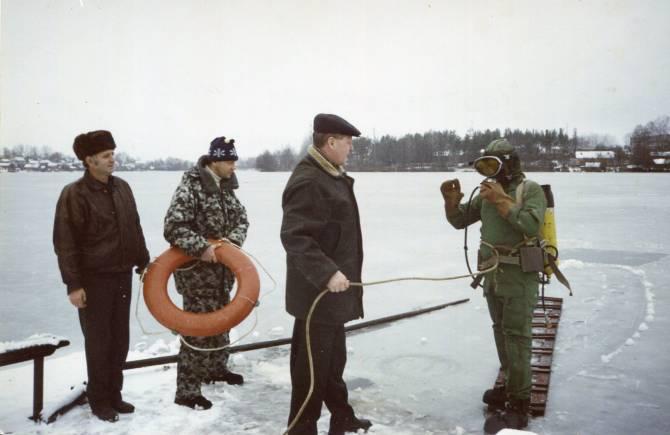 Брянские водолазы за семь лет подняли из воды 176 трупов и 6 машин