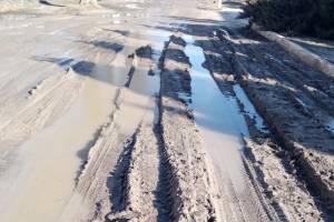 В Брянске школа №14 попала в «грязевой» плен