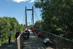 В Брянске продолжается благоустройство Голубого моста