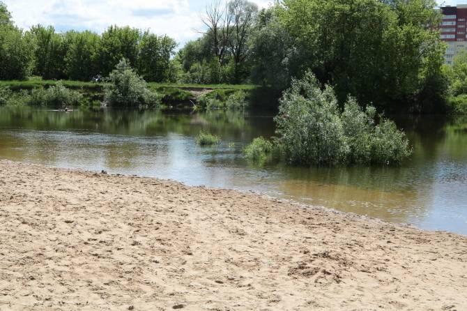 В Брянске завершается благоустройство Центрального пляжа