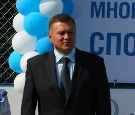 В Брянске скончался директор школы №46 Сергей Гридин