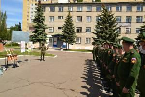 На Брянщине устроили проверку выпускникам военных институтов